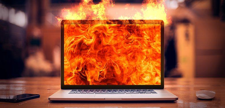 """Laptop bị nóng nhanh"""" tưởng chuyện nhỏ mà lại to"""